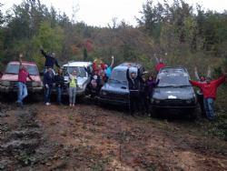 Terenska Off road vožnja: Nezaboravna avantura uz Autobox Pazin