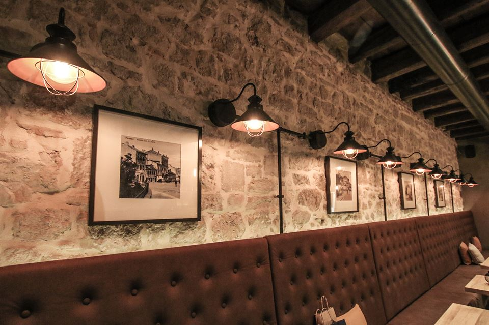 WINE & FOOD BAR FORA LE PORTE