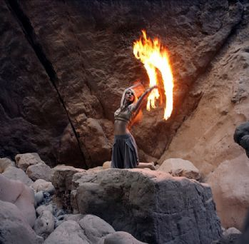 Fire performance 14.04. La Concha!