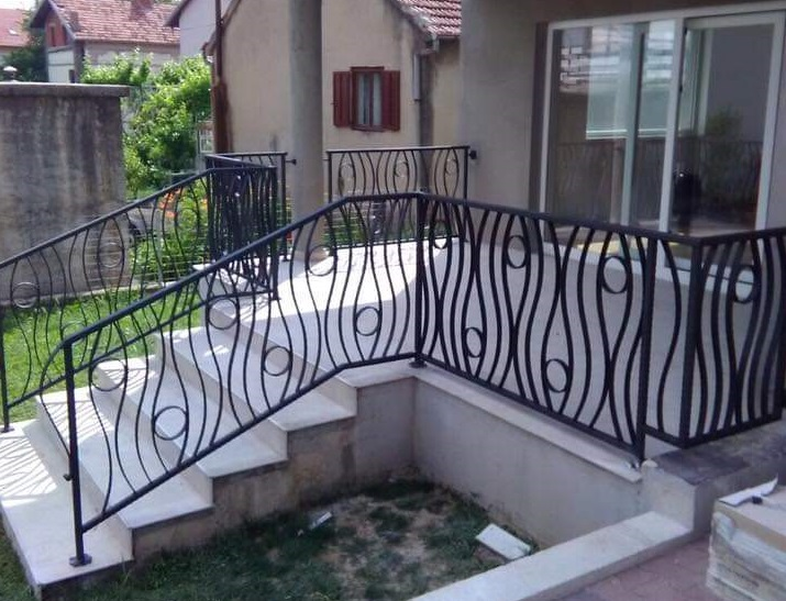 Balkonske ograde, industrijski dizajn, Pula