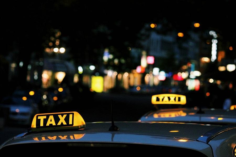 Taxi Pula
