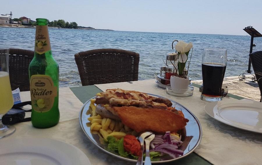 Seafood restaurant Umag Bijeli san