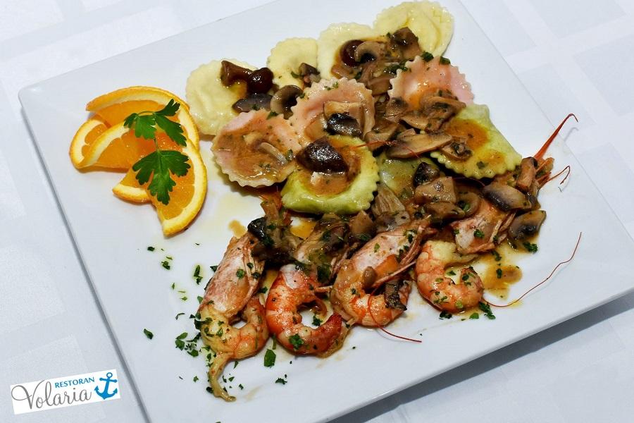Fish restaurant Pula Volaria