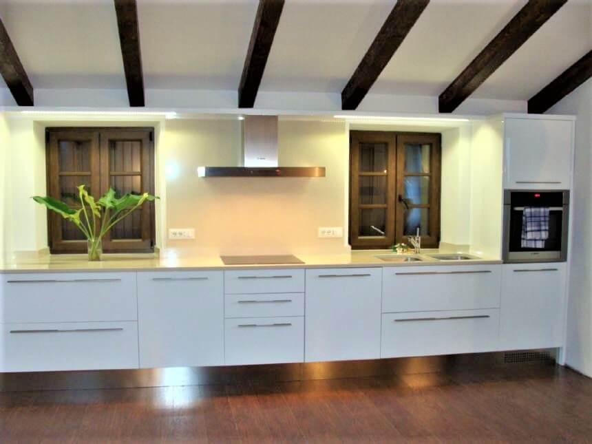 Kamene kuhinjske radne površine