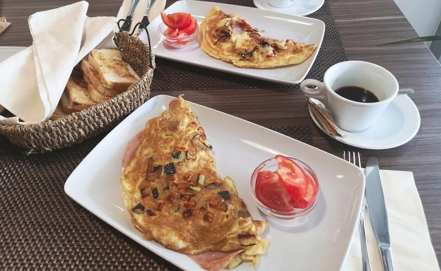 Breakfast Porec restaurant Favola