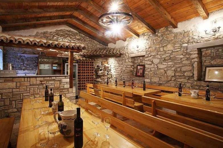 Kušaona vina Istra - Ravalico