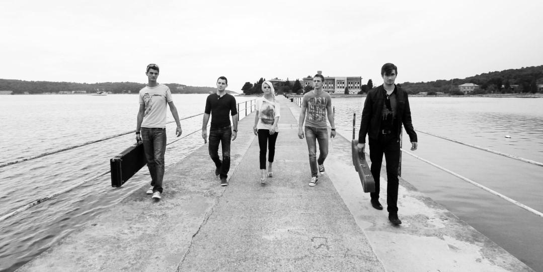 Replay Band Istra