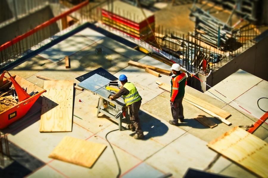 Birčić gradnja, postavljanje temelja kuće