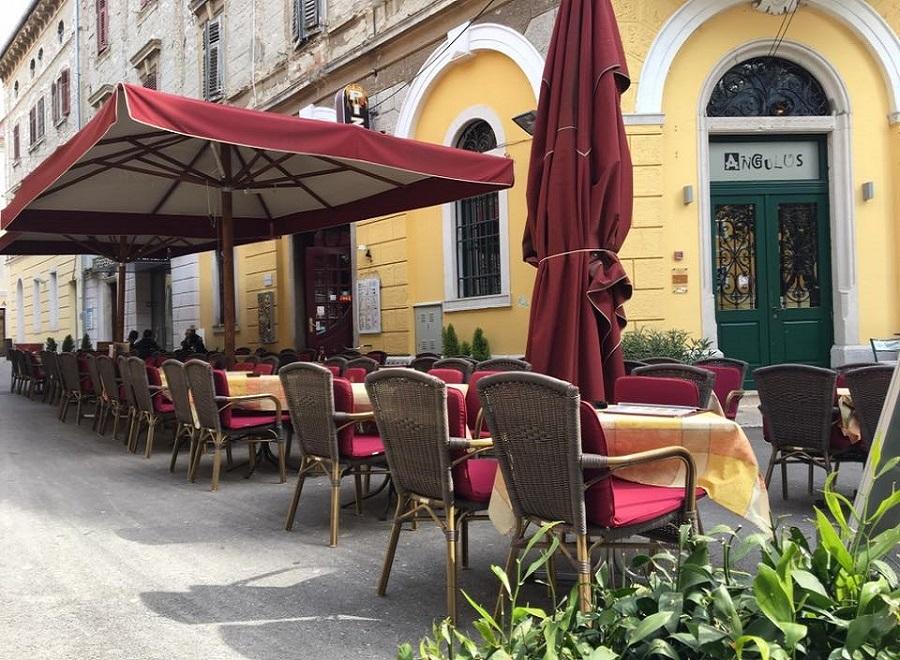 Pizzeria Pompei & restaurant Angulus, Pula