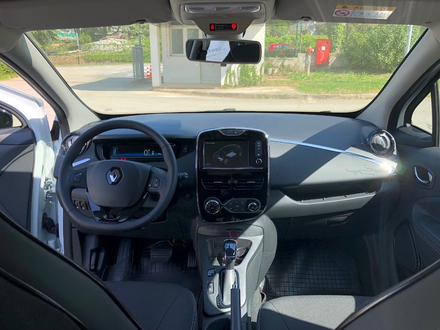 Renault Zoe, Auto centar Poreč