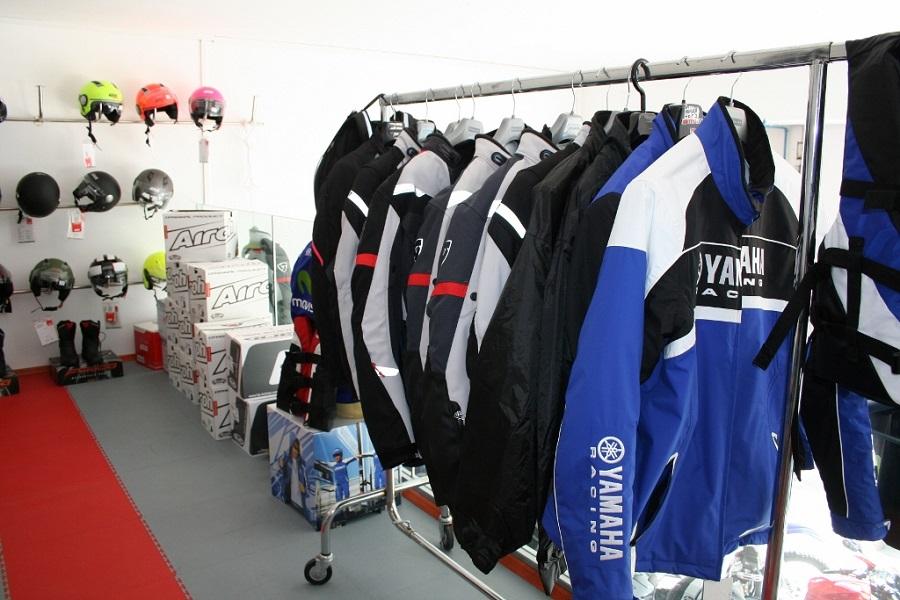 Yamaha servis Poreč, zaštitna oprema, kacige