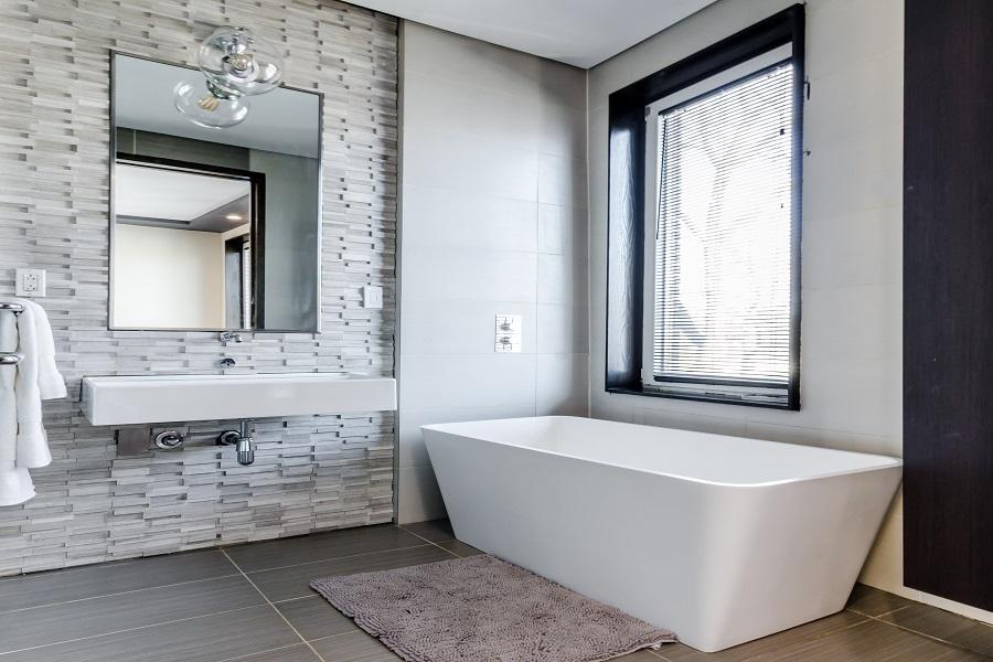 Oprema za kupaonice, Jadrograd