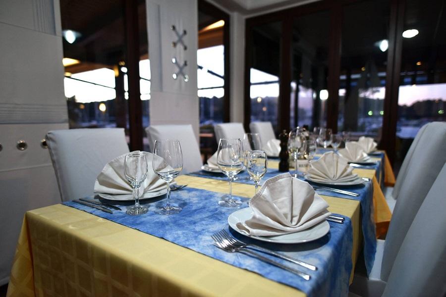 restoran Volaria, Pula, marina Veruda