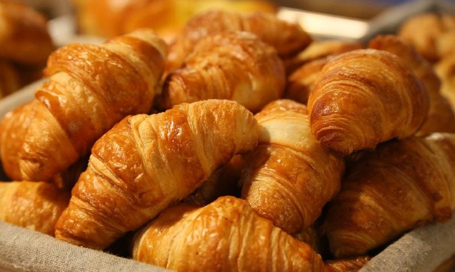 Pekara Rovinj, svježi kruh, pekarski proizvodi, kroasani, burek
