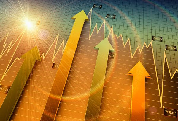 Ubrzani gospodarski rast i pad javnog duga obilježili godinu