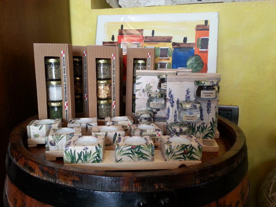 Istarsko maslinovo ulje, vino i tartufi - suveniri s kojima nećete pogriješiti (video)