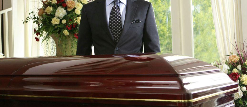 Pogrebnik (m/ž)