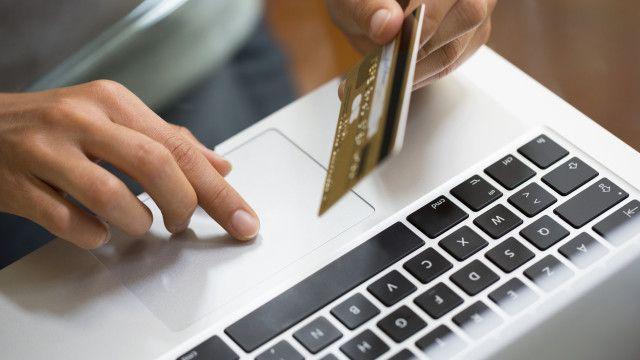 Kako se zaštititi kod plaćanja karticom na internetu