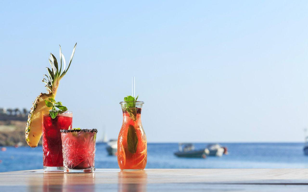 Konobari za rad u beach baru (m/ž)