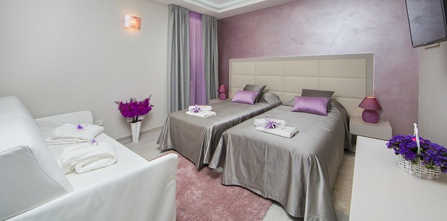 Zavirite u novootvoreni hotel u centru Poreča (video)