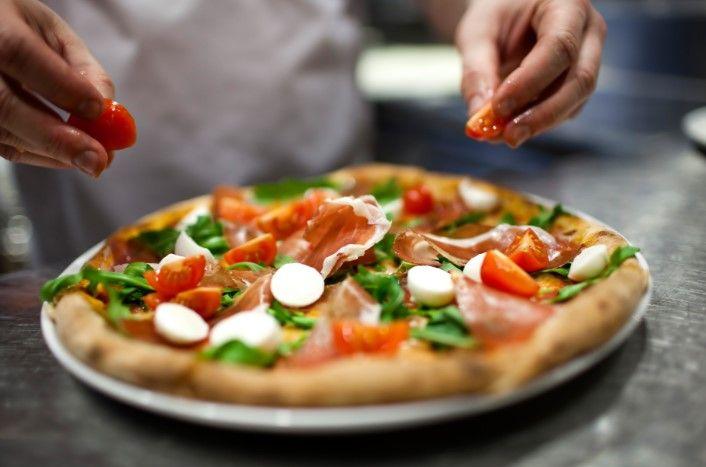 Pomoćni radnik u kuhinji pizzerije (m/ž)