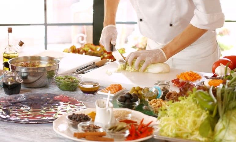 Pomoćni radnik u kuhinji (m/ž)