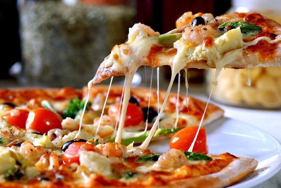 Jede vam se pizza? Onda je vrijeme da posjetite pizzeriju Peperoncino u Puli!