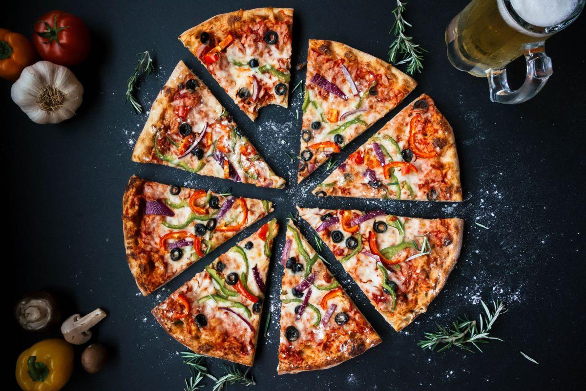 Ova pizzeria u Poreču može se pohvaliti odličnom pizzom iz krušne peći (video)