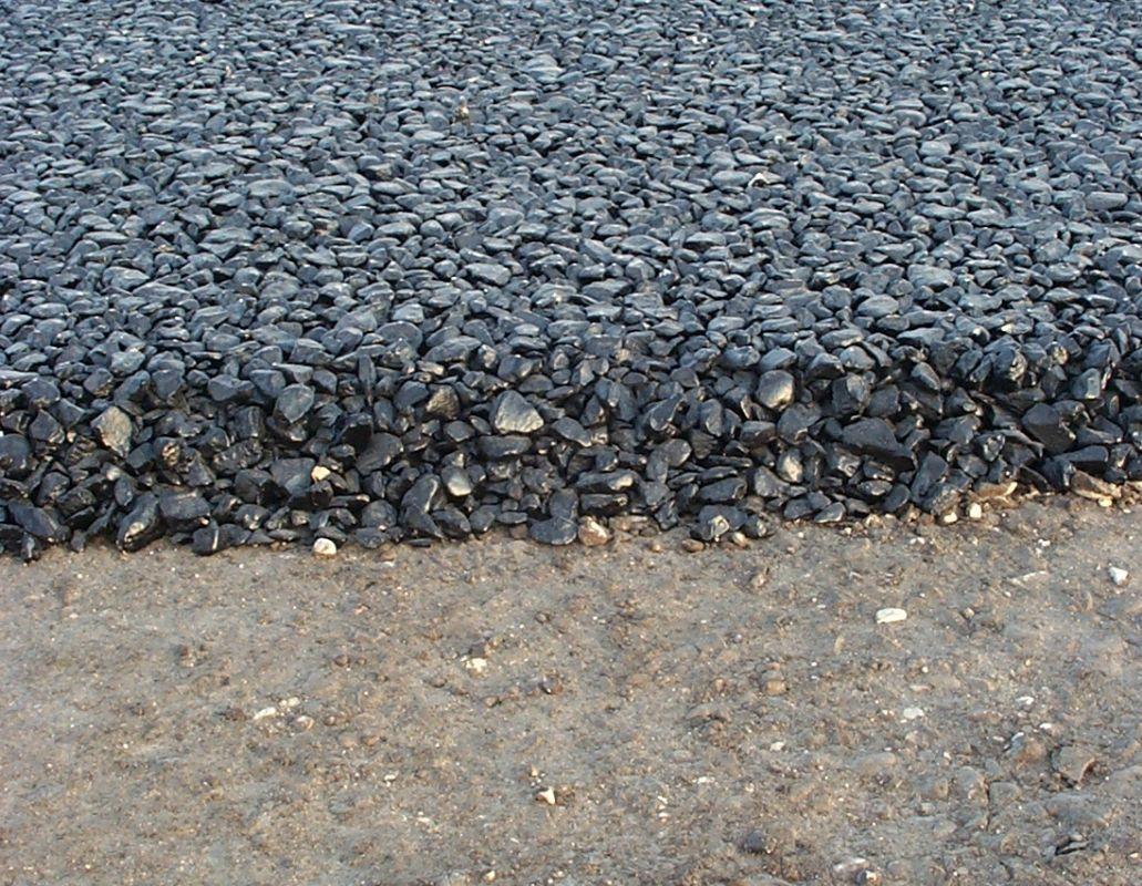 Trebam ponudu za asfaltiranje dvorišta