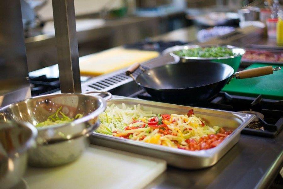 Škola kuhanja za amatere - postanite chef svoje kuhinje!