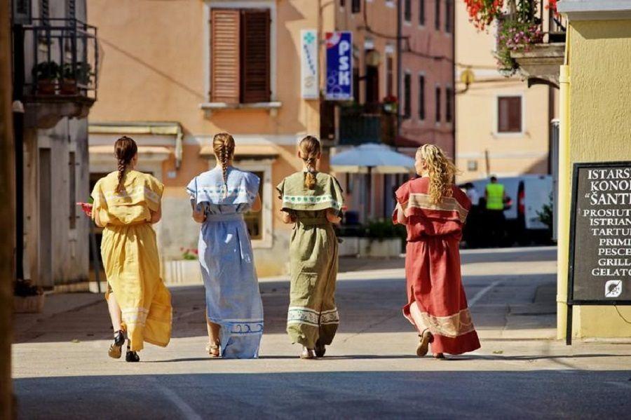 Ove subote u Brtonigli se održava manifestacija  U bojama tradicije