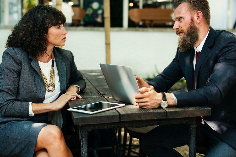5 stvari koje pametne osobe neće reći na poslu