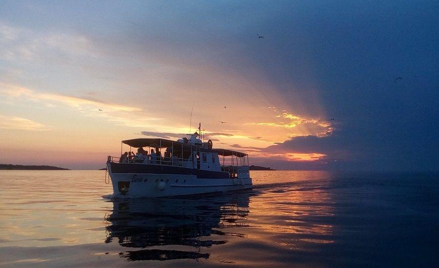 Excursion Antonio: Izleti brodom i panoramski pogled na istarsku obalu