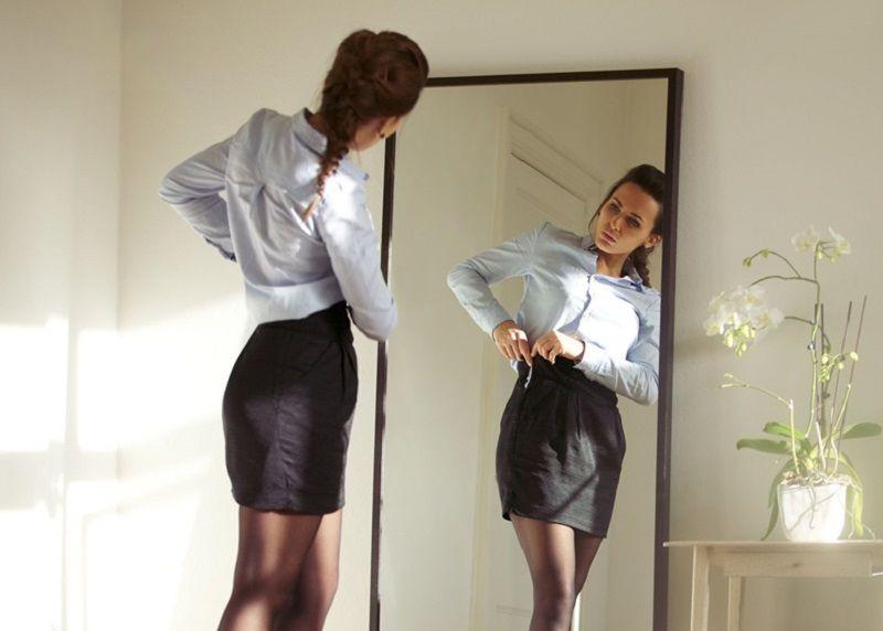 Mala škola poslovnog odijevanja i šminkanja