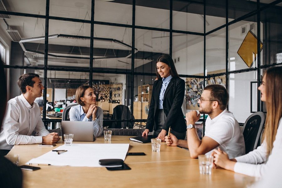 Tehnike samopredstavljanja i body language za managere