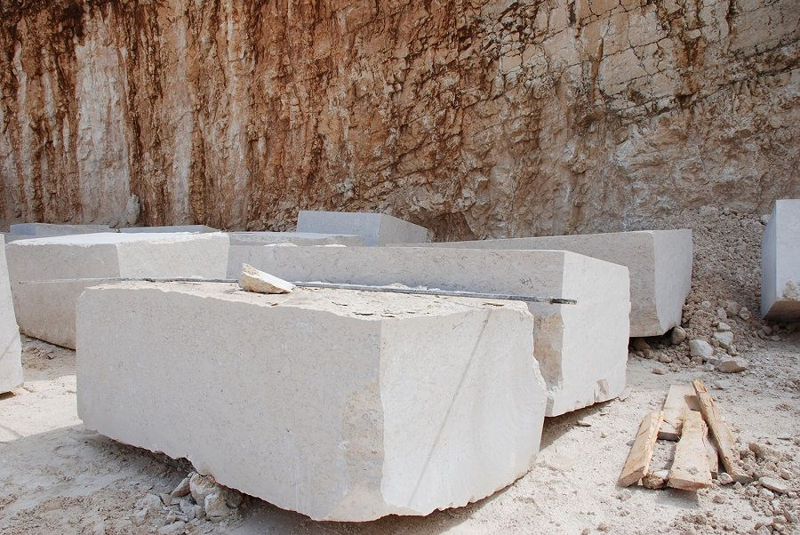 Trebam ponudu za montažu kamena težine 400kg