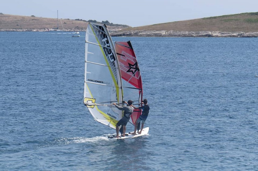 WINDSURFING CENTER PREMANTURA